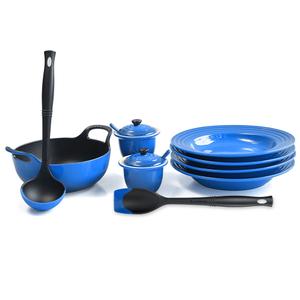 Le Creuset Marseille Blue Enameled Cast Iron 1.75 Quart Balti Dish Ultimate Service Set