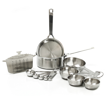 Le Creuset Stainless Steel Measuring Pans, Measuring Cups and Spoon Set with Reference Magnet