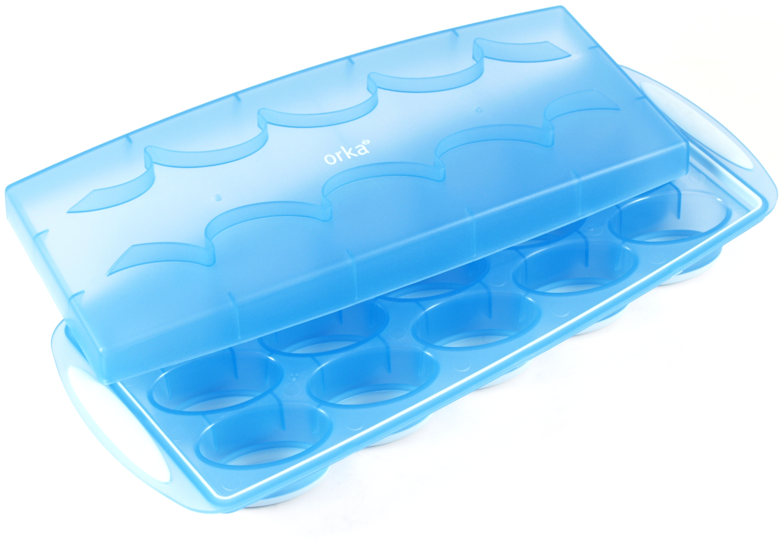 Orka Flexible Ice Cube Tray with Lid in Translucent Blue