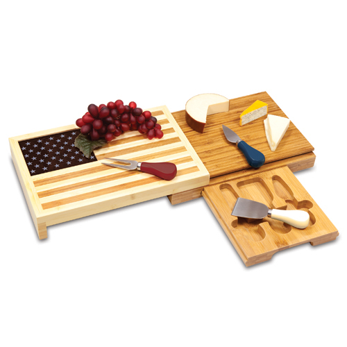 Picnic Time Old Glory Cheese Serving Set