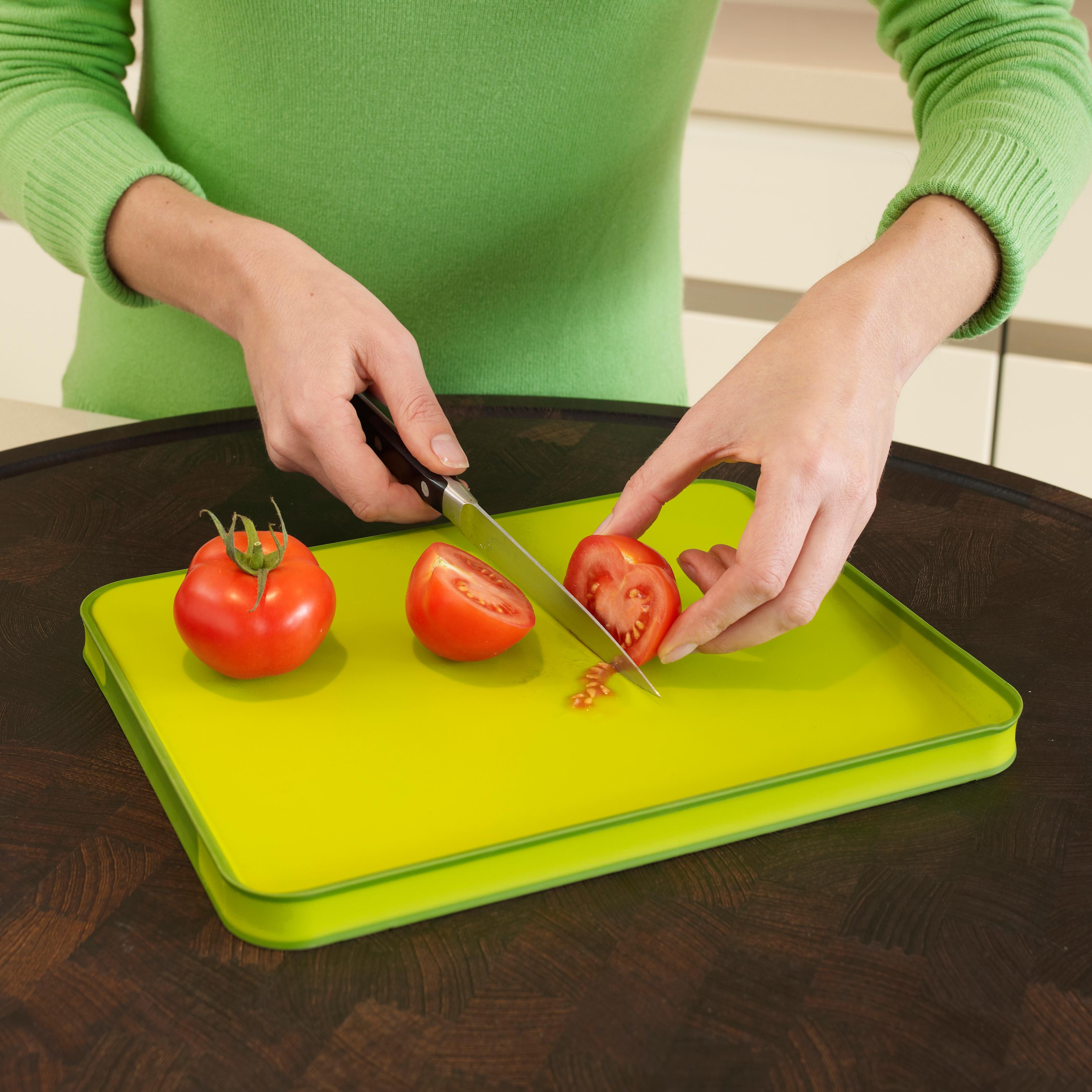 Joseph Joseph Cut and Carve Plus Green Chopping Board