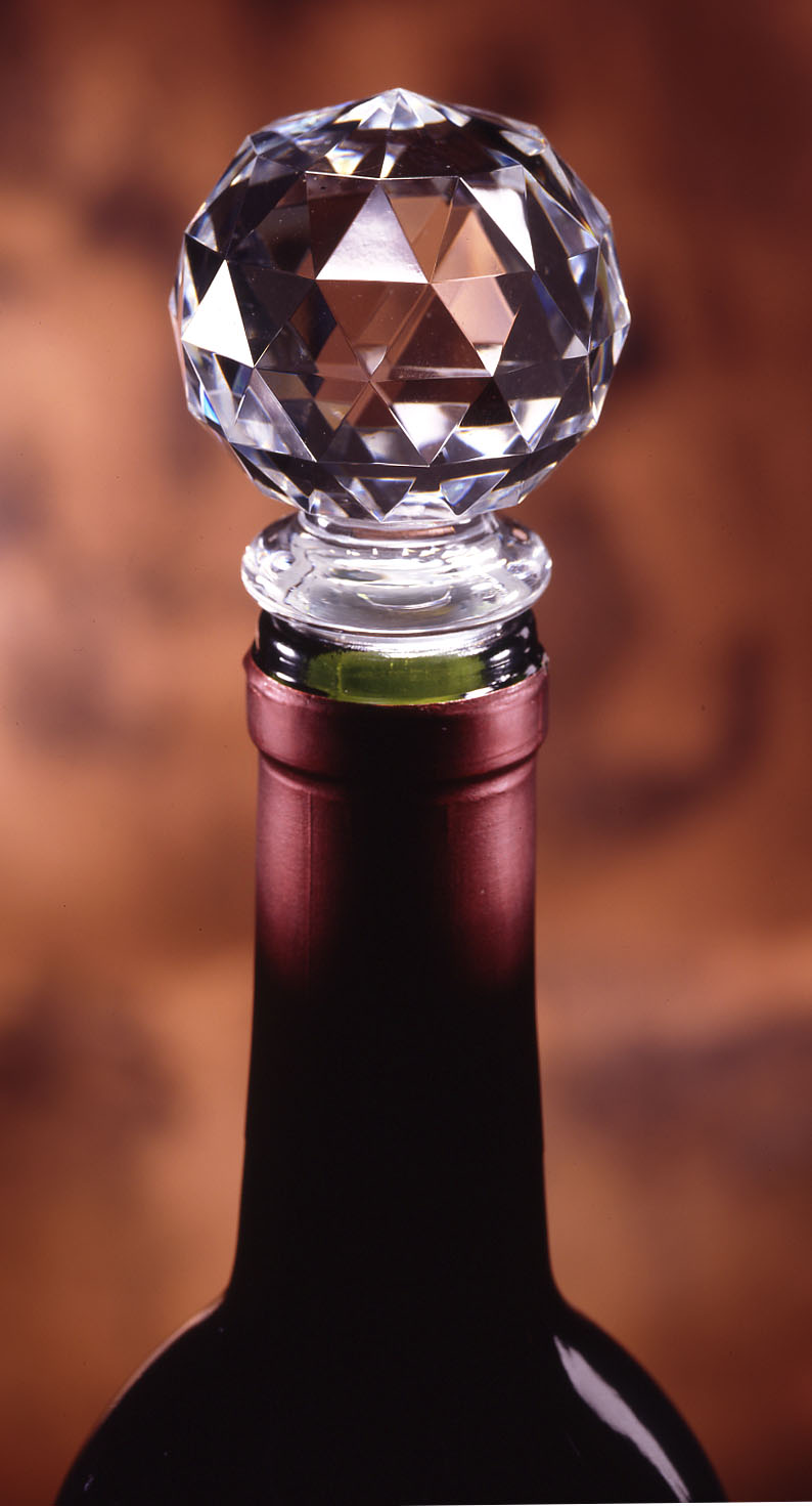 Prodyne Acrylic Gem Faceted Bottle Stopper with Silicone Seal