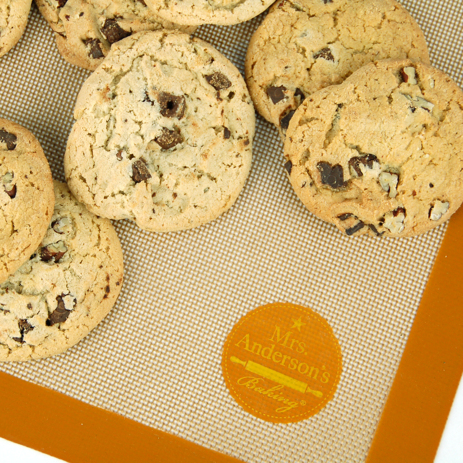 Mrs. Anderson's Brown Silicone 11.625 x 16.5 Inch Baking Mat