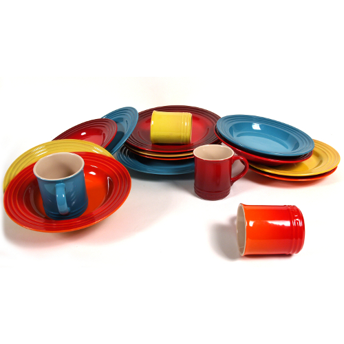 Le Creuset 16 Piece Sunset Colors Stoneware Dinner Set, Service for 4