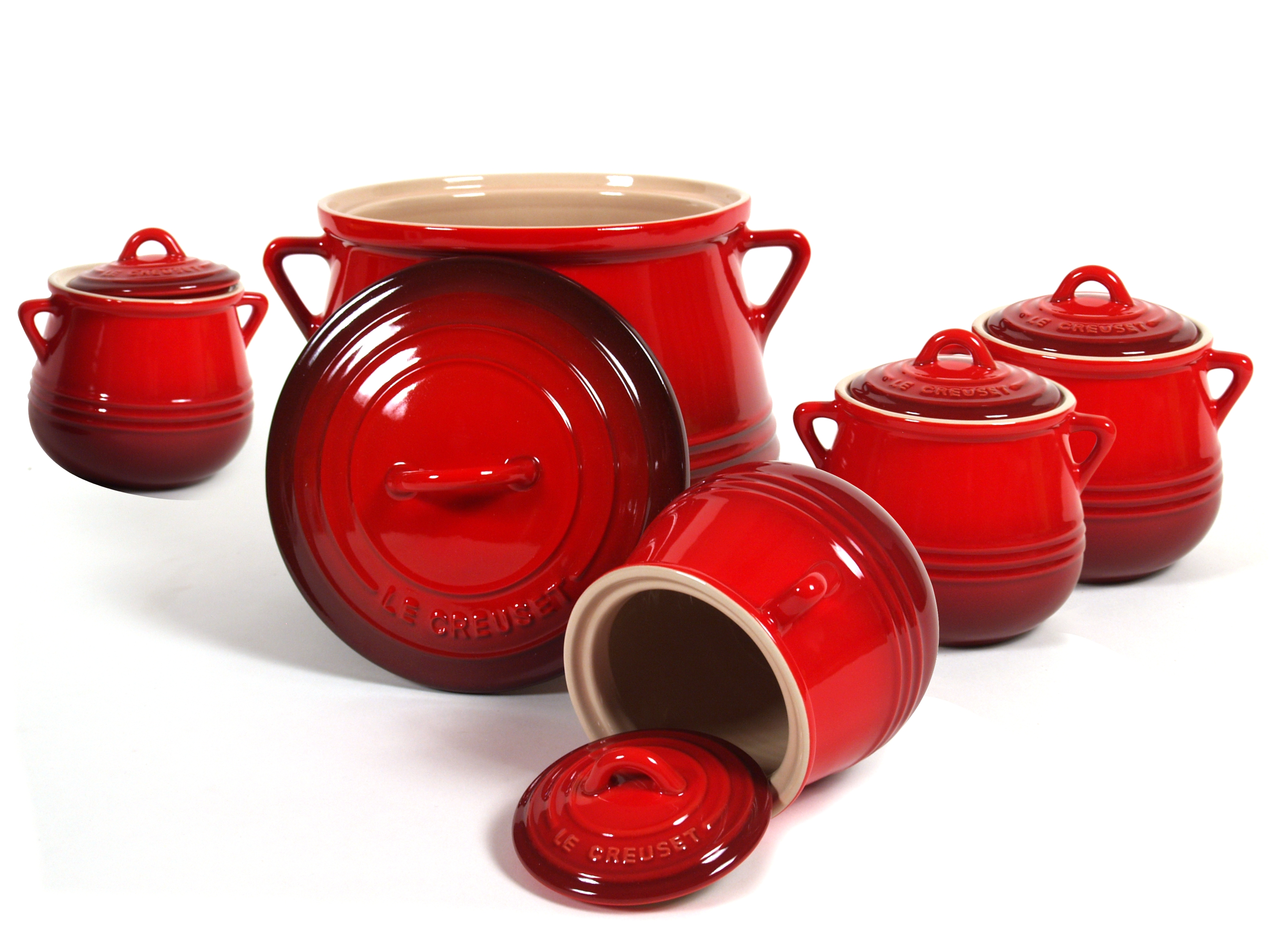 Le Creuset Heritage Cherry Stoneware Five Piece Bean Pot Set