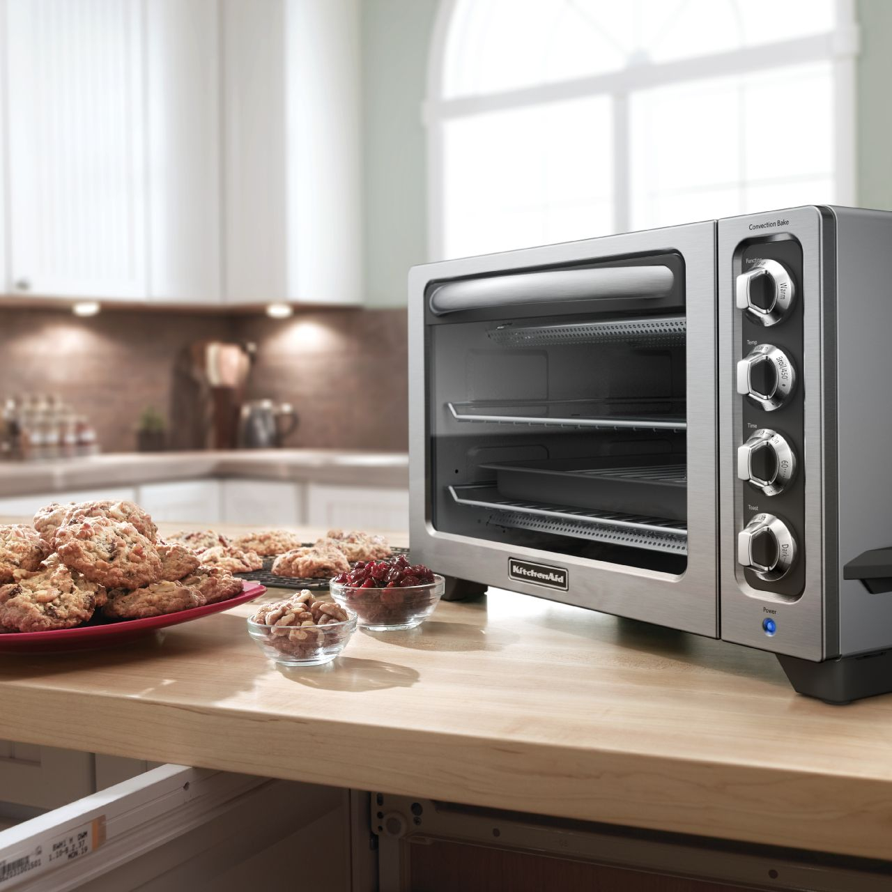 KitchenAid Contour Silver Convection Countertop Oven with Black Handle