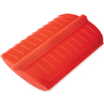 Lekue Red Silicone Steam Case with Draining Tray, 22 Ounce