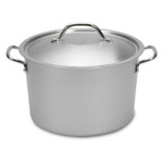 Nordic Ware 8 Quart Restaurant Stock Pot with Lid