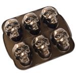 Nordic Ware 5 Cup Skull Cakelet Pan