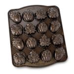 Nordic Ware Cast Aluminum Autumn Cakelet Pan