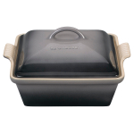 Le Creuset Heritage Oyster Stoneware Covered Square 2.5 Quart Casserole Baking Dish