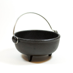Old Mountain Pre-Seasoned Cast Iron Ol' Iron Kettle