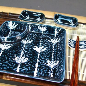 Blue Japanese Sauce Dishes, Chopsticks & Rest, 7 Piece Set