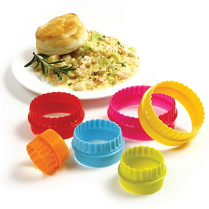 Norpro Colorful 6 Piece Biscuit and Cookie Cutter Set